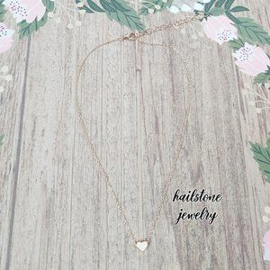 Urban Outfitters Jewelry - Dainty Heart Necklace (Silver)